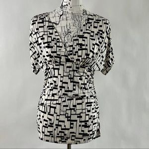 New York & Company Stretch Women's Top Size Small